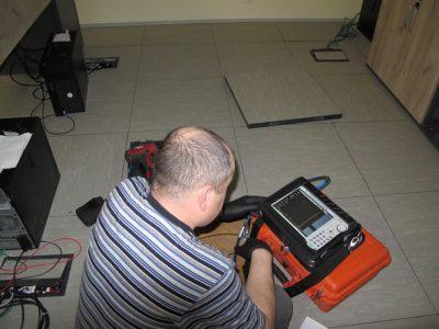 Pomiar poziomu sygnału antenowego przy pomocy analizatora widma